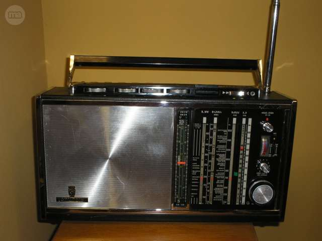 RADIO GRUNDIG SATELLIT 6001 - foto 1