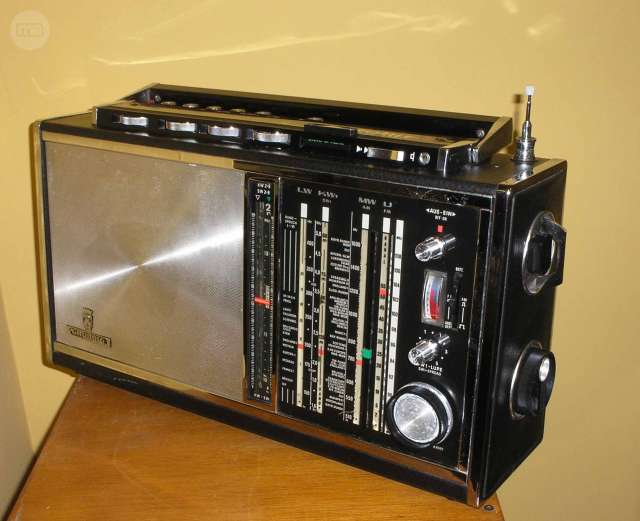 RADIO GRUNDIG SATELLIT 6001 - foto 2