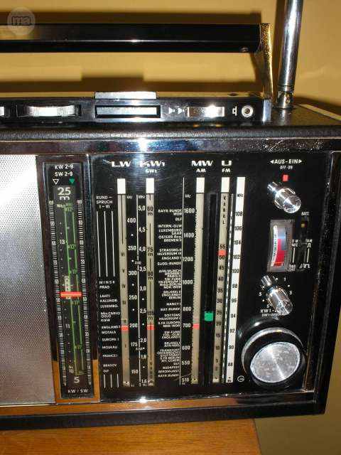 RADIO GRUNDIG SATELLIT 6001 - foto 5
