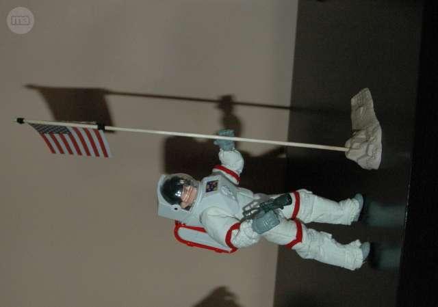 MADELMAN MDE ASTRONAUTA NASA - foto 2