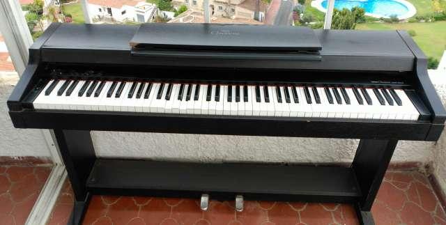 PIANO YAMAHA CLAVINOVA CLP 153S