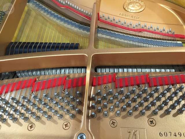 PIANO COLIN YAMAHA 150CM,  COMO NUEVO.  - foto 2