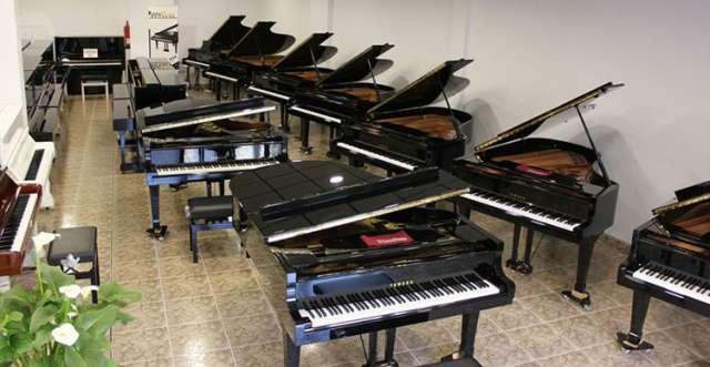 PIANO YAMAHA GB1,  160CM,  RENOVADO.  - foto 2