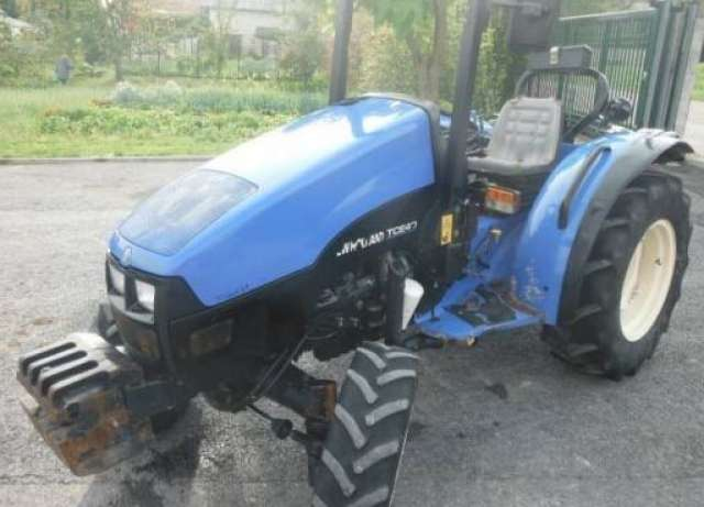 TRACTORES NEW HOLLAND - TCE 40