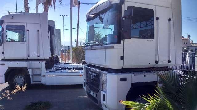Mil Anuncios MagnumCompra Renault com Venta De Camiones Cabina mwyvN0Pn8O