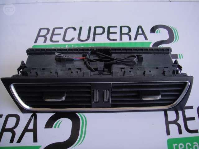 VENDO REJILLAS SALPICADERO AUDI A4 B8