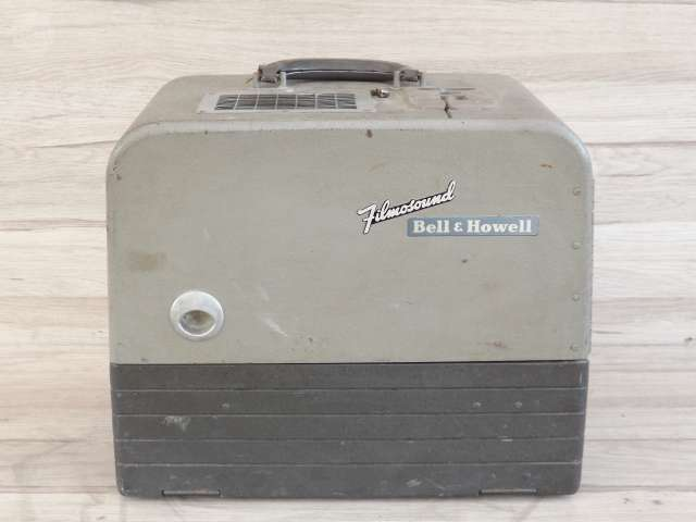 PROYECTOR 16 M M BELL HOWELL AÑOS 40