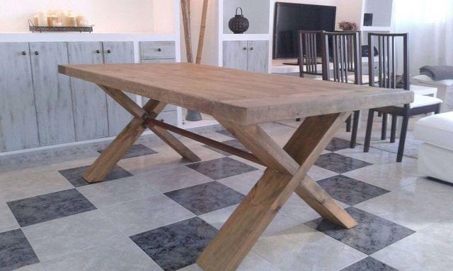 mesa de comedor madera maciza reciclada