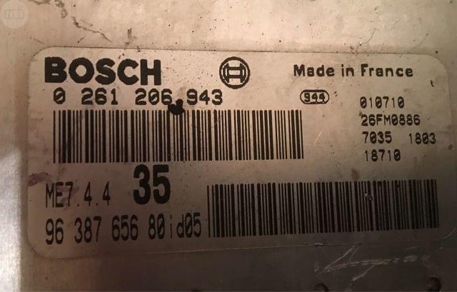 ECU BOSCH ME7. 4. 4 0261206943 965847658