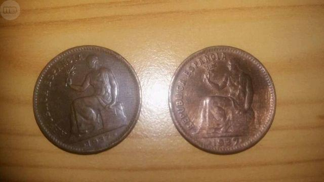 2  Monedas Antiguas De La República