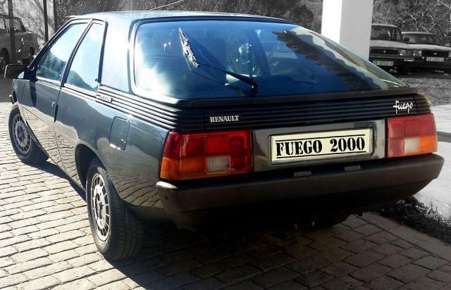 RENAULT - FUEGO GTX 2000 - foto 3