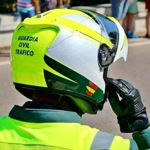 MIL ANUNCIOS.COM Casco guardia civil trafico Segunda mano