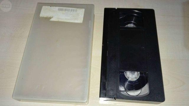 FUNDA TRANSPARANTE+CINTA VHS BASF 240MI.  - foto 1