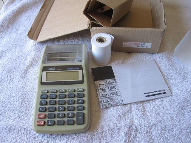 Antigua Calculadora Con Impresora