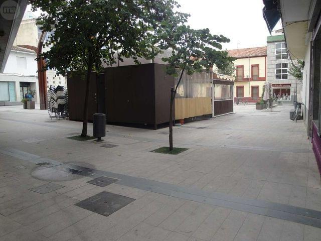 OPORTUNIDAD!LOCAL COMERCIAL PLAZA ESPAÑA - foto 2