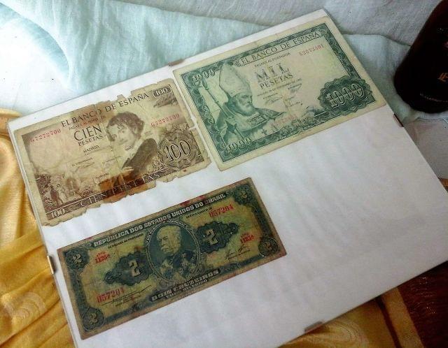 Tres Billetes De 100, 1.000 Pesetas