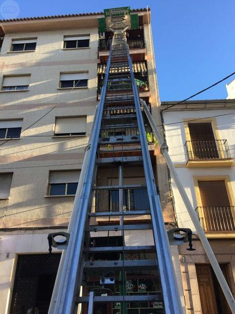SERVICIO ELEVADOR MONTA-MUEBLES - foto 2