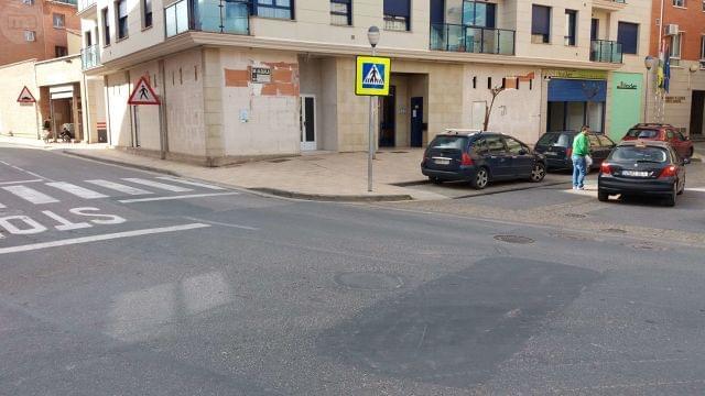 ALQUILER DE UNA LONJA EN ALBERITE - foto 2