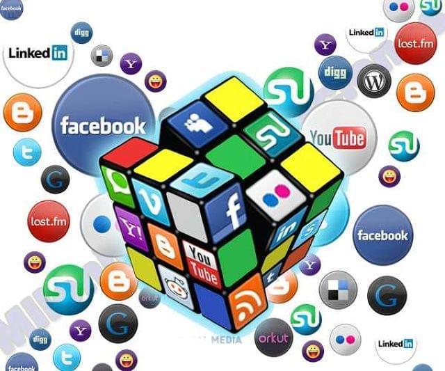 SOCIAL MEDIA,  MARKETING ON LINE.  - foto 2