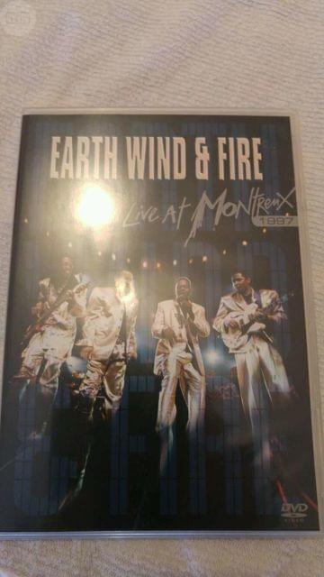 DVD EARTH WIND & FIRE DIRECTO segunda mano  Mislata