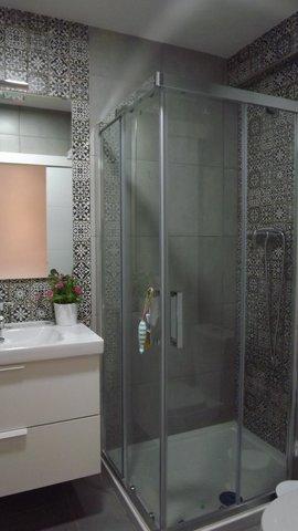 MIL ANUNCIOS.COM - Alicatado y ensolado de cuarto de baño