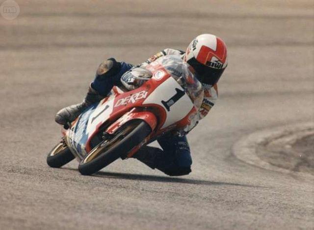 CASCO JORGE MARTINEZ ASPAR - (1988) - foto 4