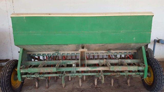 SEMBRADORA GIL SXE 22 CHORROS CON ABONAD - foto 1