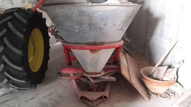 VENDO MAQUINARIA AGRICOLA POR JUBILACION - foto 3