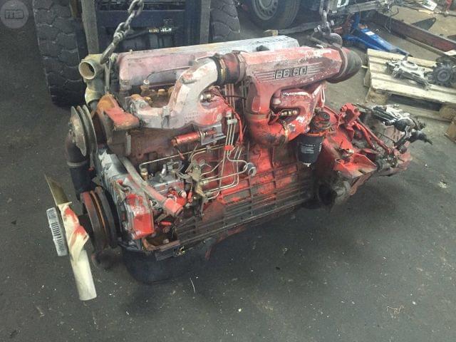 MOTOR Y CAMBIO NISSAN B6. 60