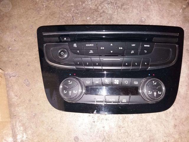 CONTROL RADIO Y CLIMATIZADOR PEUGEOT 508 - foto 1