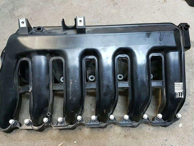 COLECTOR ADMISION BMW DIESEL 6 CILINDROS - foto 1