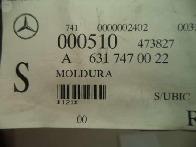 MOLDURA PUERTA TRASERA MB100 - foto 4