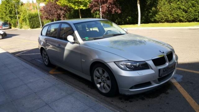 BMW - SERIE 3 320D TOURING - foto 4