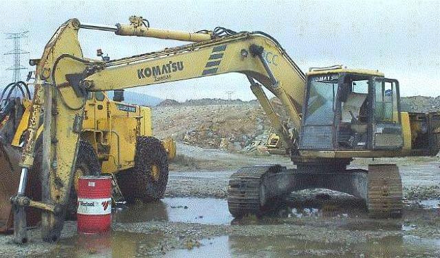 RETROEXCAVADORA CADENAS KOMATSU PC240LC-