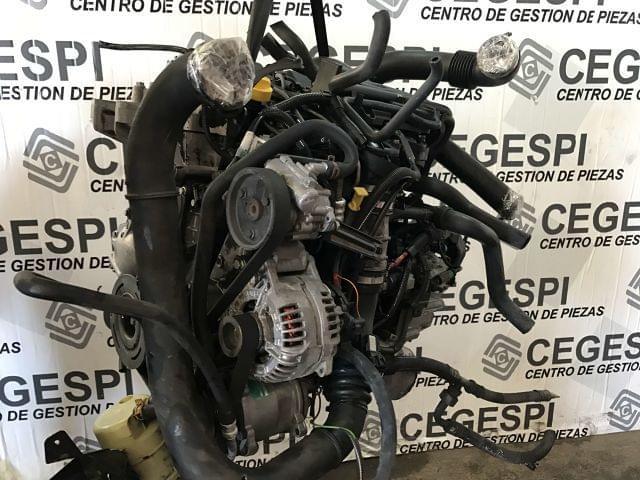 MOTOR RENAULT MASTER 2. 5DCI 2005 - foto 2