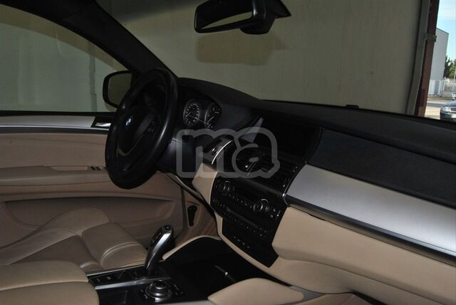 BMW - X6 XDRIVE40D - foto 8