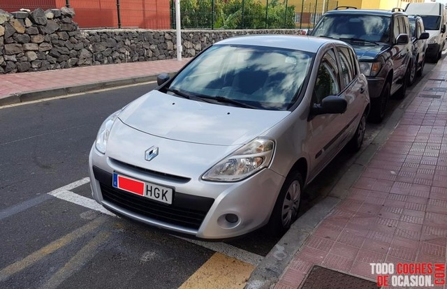 RENAULT - CLIO AUTHENTIQUE 1. 2 75 5P.  ECO2 E5 - foto 2