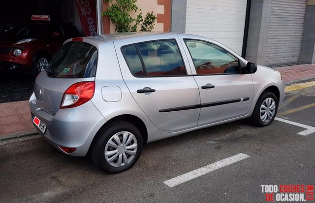 RENAULT - CLIO AUTHENTIQUE 1. 2 75 5P.  ECO2 E5 - foto 4