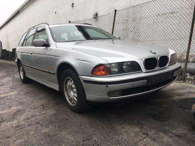 BMW 525 D TOURING E39 1999 - foto 1