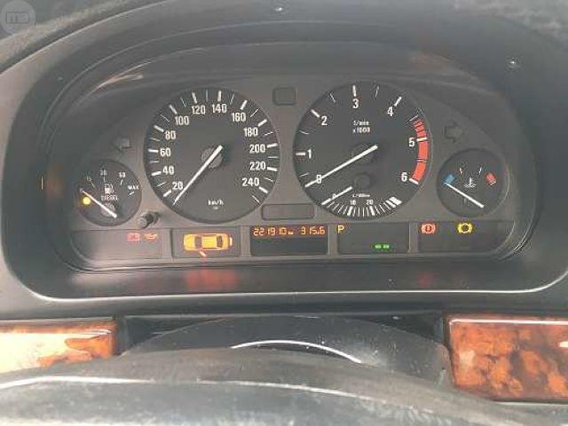 BMW 525 D TOURING E39 1999 - foto 6