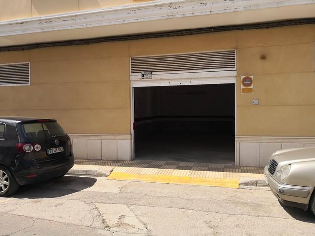 PLAZA DE GARAGE CON INQUILINO + TRASTERO - foto 2