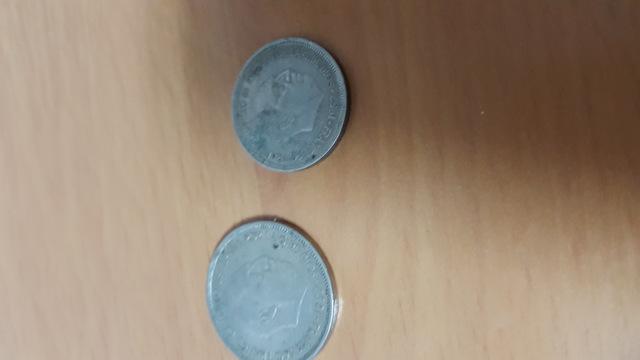 Monedas De 25 / 5 Pesetas Y 10 Pesetas