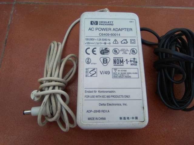 ADAPTADOR 18V HP 1. 1A - foto 1