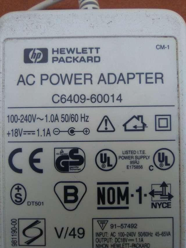 ADAPTADOR 18V HP 1. 1A - foto 2