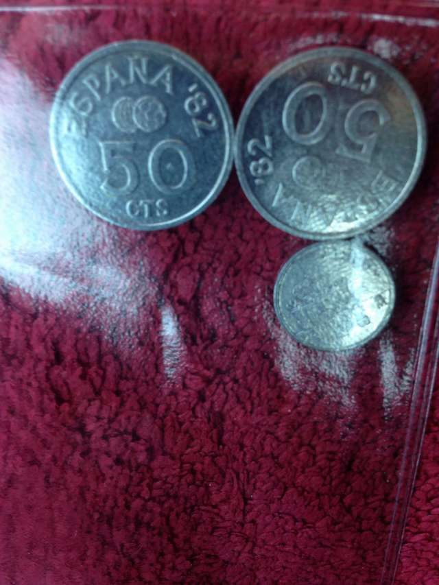 Moneda De 50 Centimo Y De 1 Centimo.