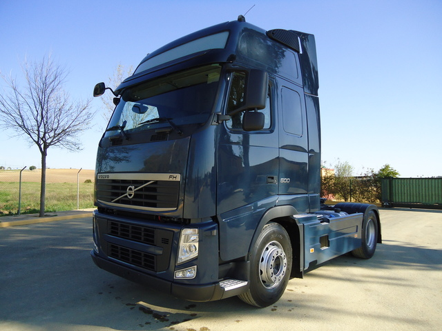 VOLVO TRACTOCAMION - FH 13 500 XL
