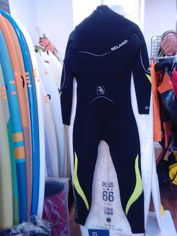 NEOPRENO SURF 5/4/3 NEGRO L.  OUTLET - foto 4