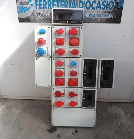 Cuadro Eléctrico De Enchufes Industrial