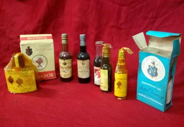 Lote De 6 Botellas De Alcohol Antiguas