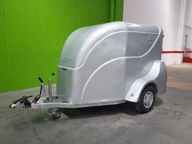C2500 AERODINÁMICO TRANSPORT MOTOS